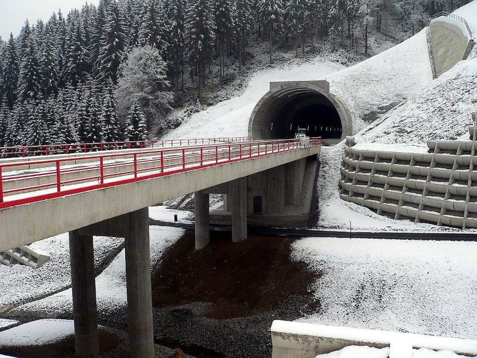 Portal Tunnel Blessberg Nord und Saubachbrücke