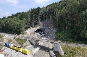 Westportal Tunnel Stein